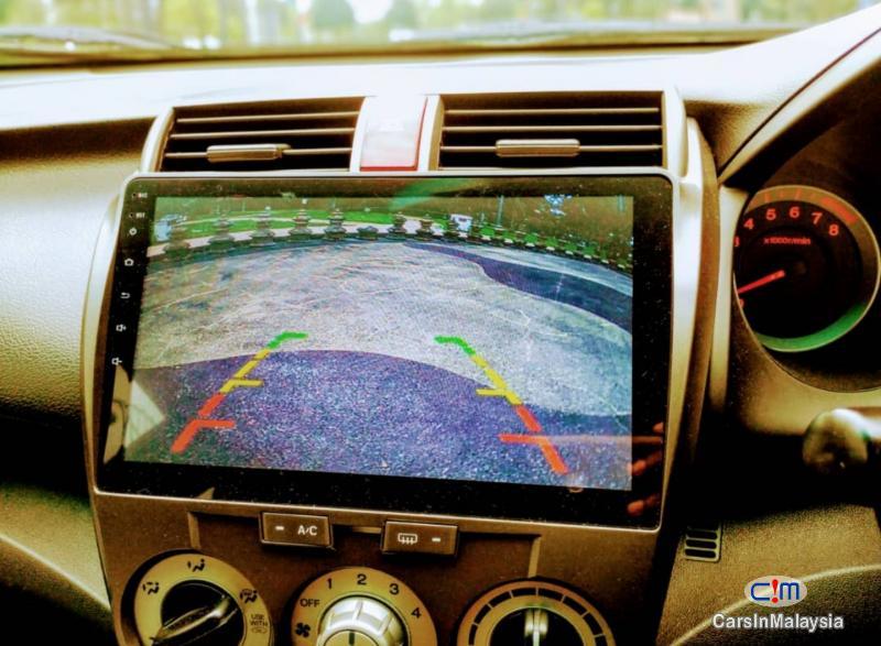 Honda City 1.5-LITER FUEL ECONOMY SEDAN Automatic 2010 - image 8
