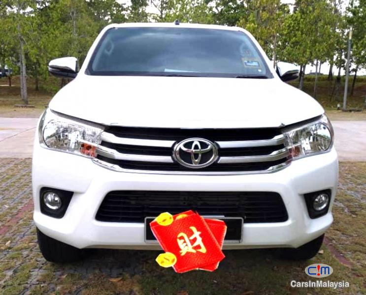 Picture of Toyota Hilux 2.4-LITER DOUBLE CAB DIESEL TURBO Automatic 2019