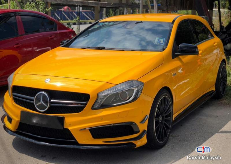 Picture of Mercedes Benz A250 2.0-LITER LUXURY HATCHBACK TURBO SPORT Automatic 2013