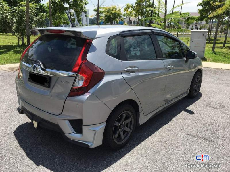 Honda Jazz Automatic 2016