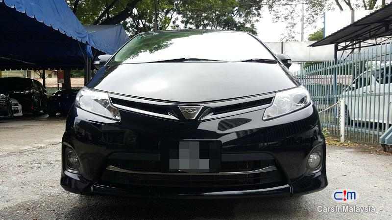 Toyota Estima 2.4 AERAS G EDITION Automatic 2009