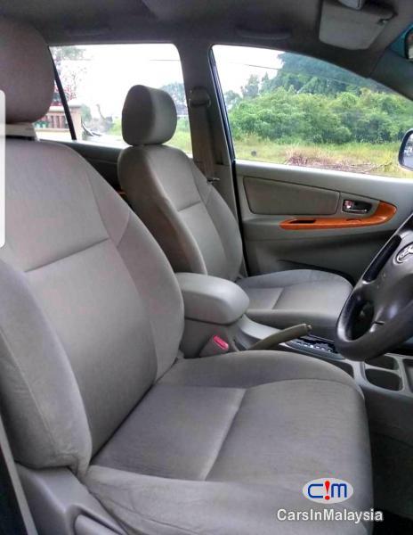 Toyota Innova 2.0-LITER ECONOMIC FAMILY SUV Automatic 2009 - image 8