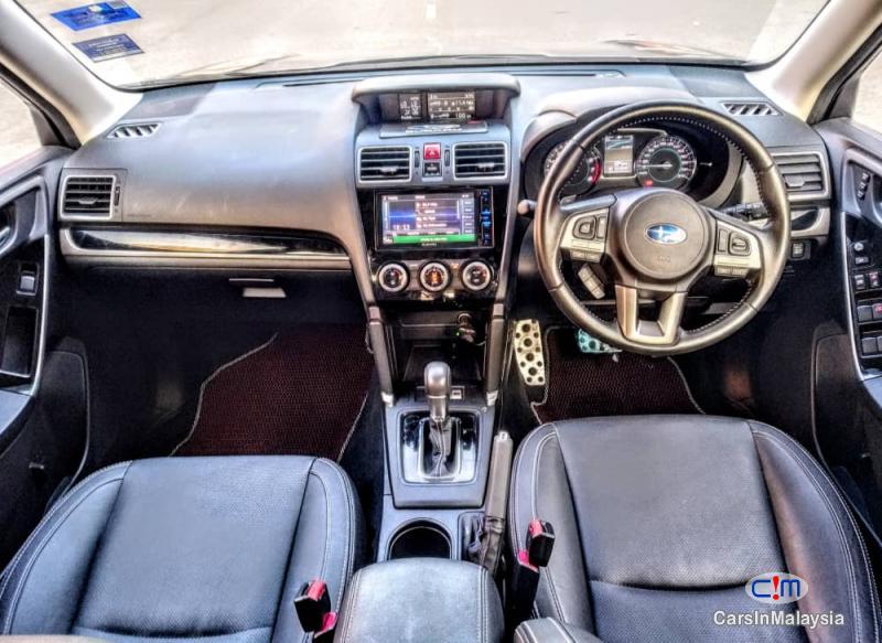 Subaru Forester 2.0-LITER LUXURY FAMILY SUV Automatic 2017 - image 13