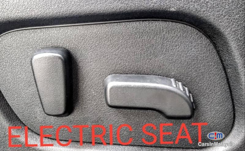 Subaru Forester 2.0-LITER LUXURY FAMILY SUV Automatic 2017 - image 16
