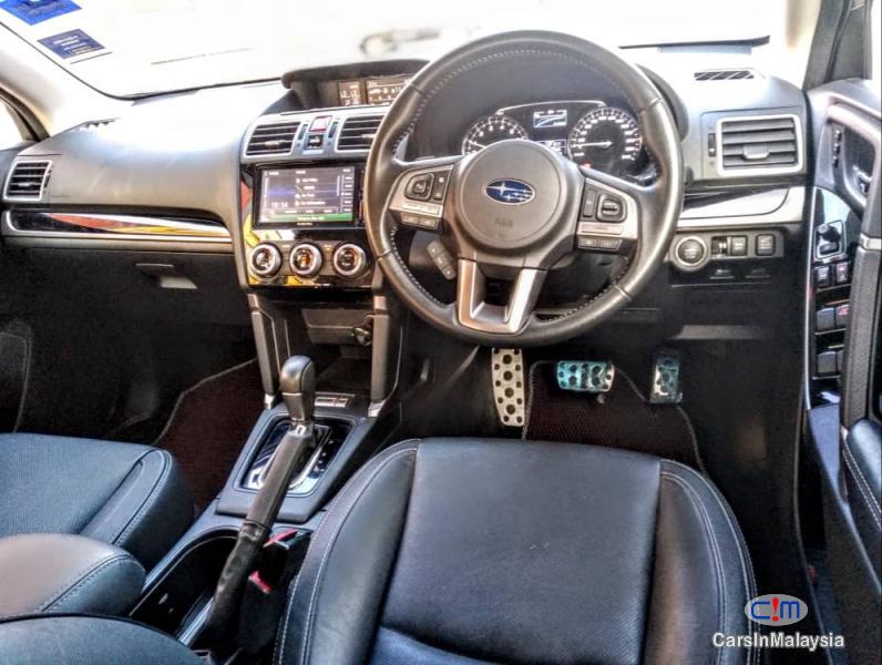 Subaru Forester 2.0-LITER LUXURY FAMILY SUV Automatic 2017 - image 9