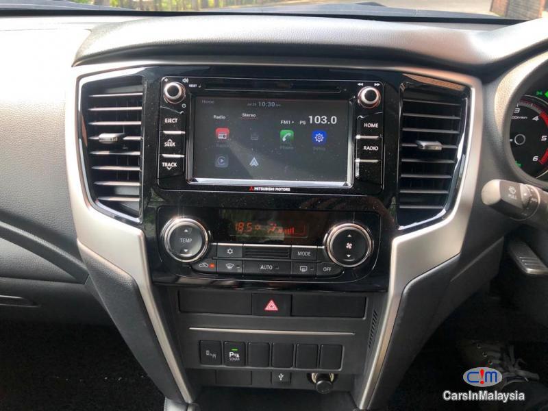 Mitsubishi Triton X Automatic 2018 - image 11