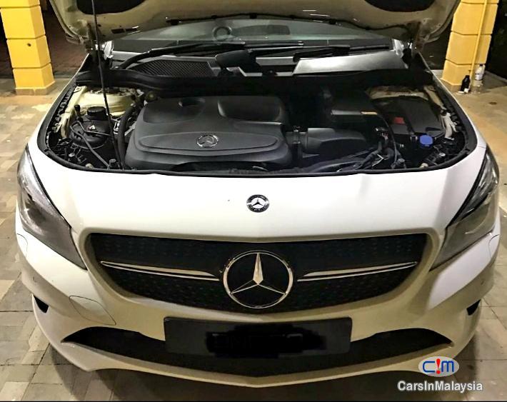 Mercedes Benz CLA200 LUXURY SPORT SEDAN Automatic 2015 - image 10