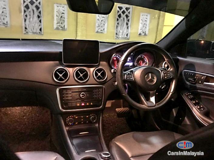 Mercedes Benz CLA200 LUXURY SPORT SEDAN Automatic 2015 in Kuala Lumpur - image