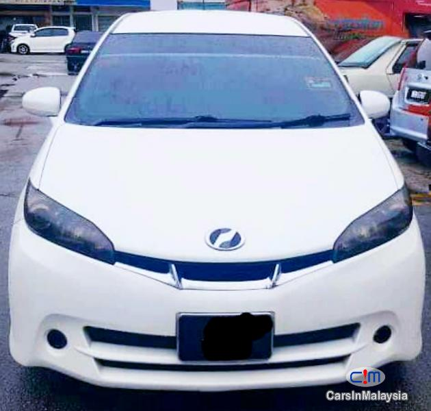 Picture of Toyota Wish 1.8-LITER FAMILY SMALL MPV Automatic 2012