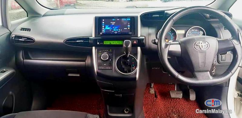 Toyota Wish 1.8-LITER FAMILY SMALL MPV Automatic 2012 in Malaysia