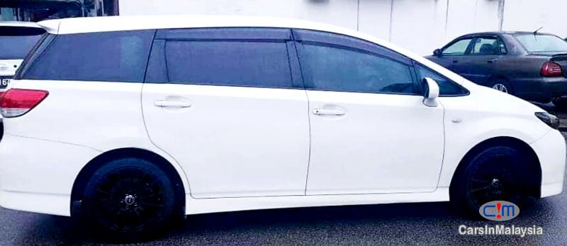 Picture of Toyota Wish 1.8-LITER FAMILY SMALL MPV Automatic 2012 in Malaysia