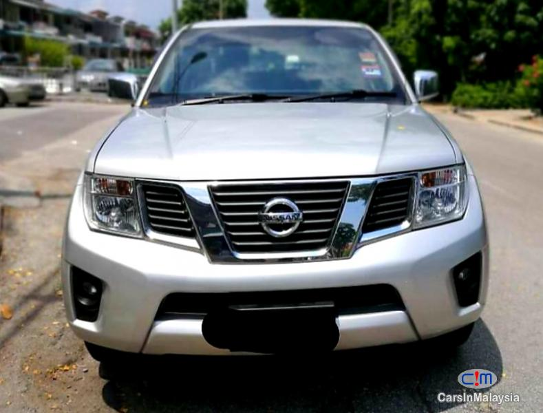 Pictures of Nissan Navara 2.5-LITER 4x4 DOUBLE CAB DIESEL TURBO Automatic 2015