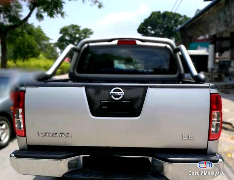 Nissan Navara 2.5-LITER 4x4 DOUBLE CAB DIESEL TURBO Automatic 2015