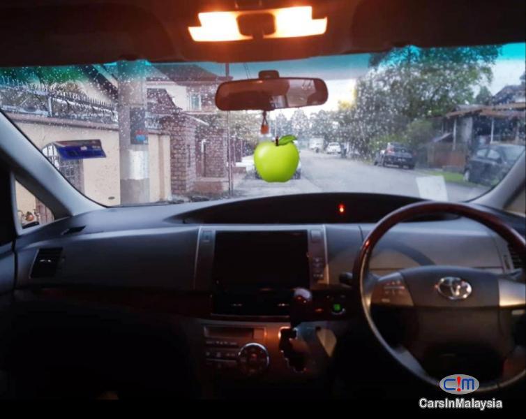 Picture of Toyota Estima 2.4-LITER LUXURY FAMILY MPV Automatic 2011 in Kuala Lumpur