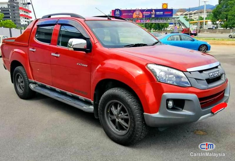 Isuzu D-Max 3.0-LITER CAB CHASSIS 4WD DIESEL TURBO Automatic 2016 in Selangor