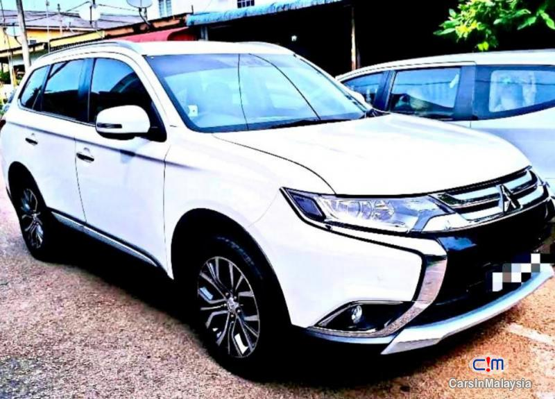 Pictures of Mitsubishi Outlander 2.0-LITER 7 SEATER FAMILY SUV Automatic 2018