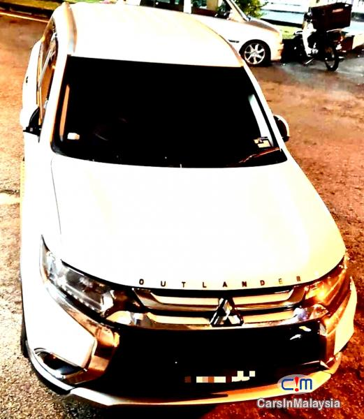 Mitsubishi Outlander 2.0-LITER 7 SEATER FAMILY SUV Automatic 2018 in Selangor