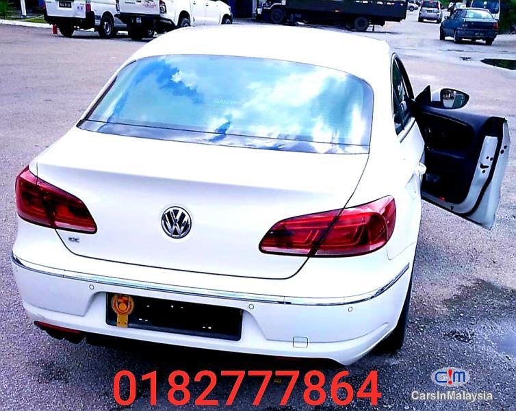 Volkswagen Passat 1.8-LITER LUXURY SEDAN Automatic 2012