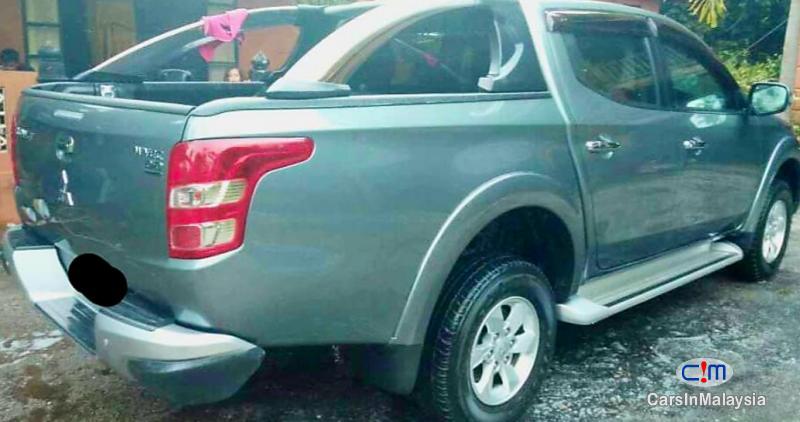 Mitsubishi Triton 2.5-LITER 4x4 DOUBLE CAB DIESEL TURBO Automatic 2017 in Malaysia