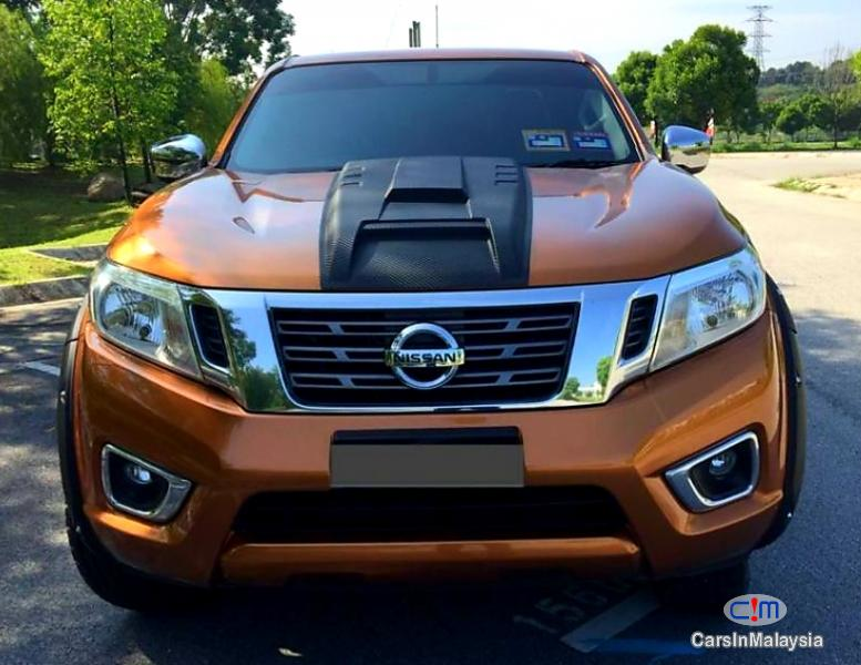 Picture of Nissan Navara 2.5-LITER DOUBLE CAB DIESEL TURBO Automatic 2017