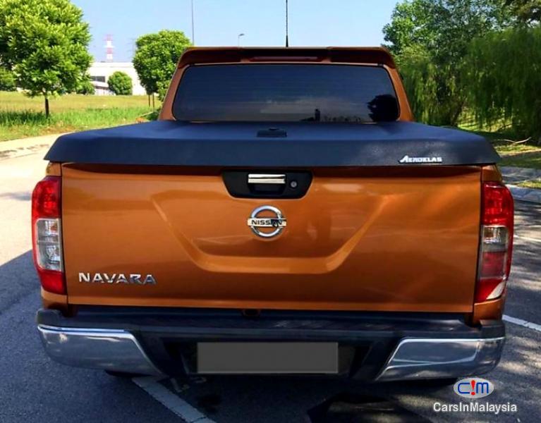 Nissan Navara 2.5-LITER DOUBLE CAB DIESEL TURBO Automatic 2017