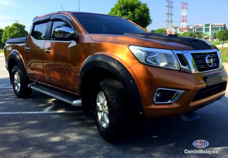 Nissan Navara 2.5-LITER DOUBLE CAB DIESEL TURBO Automatic 2017 in Malaysia