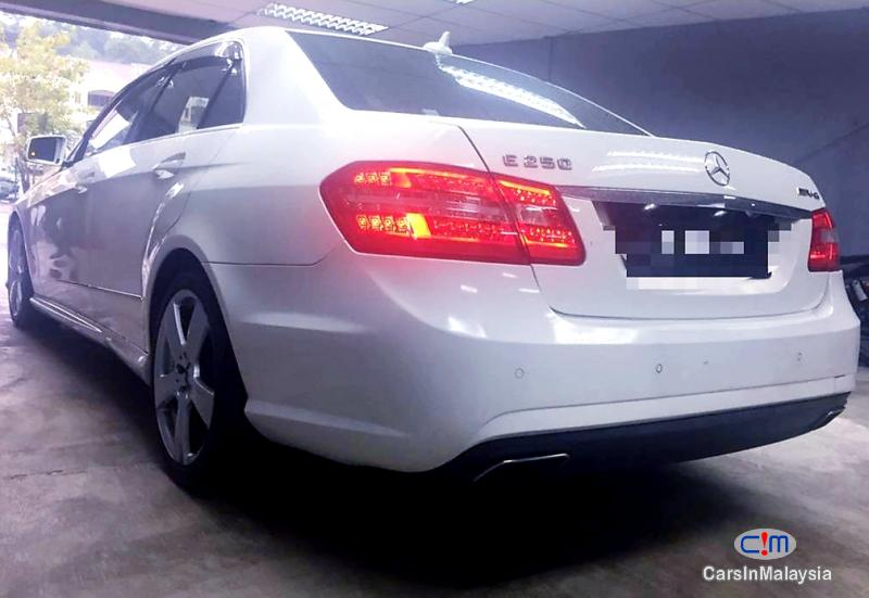 Mercedes Benz E250 CGI 1.8-LITER LUXURY CGI TURBO SEDAN Automatic 2012 in Malaysia