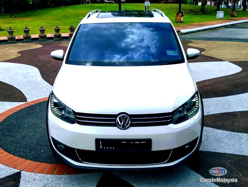 Picture of Volkswagen Cross Touran 1.4-LITER TSI FUEL SAVER FAMILY MPV Automatic 2012