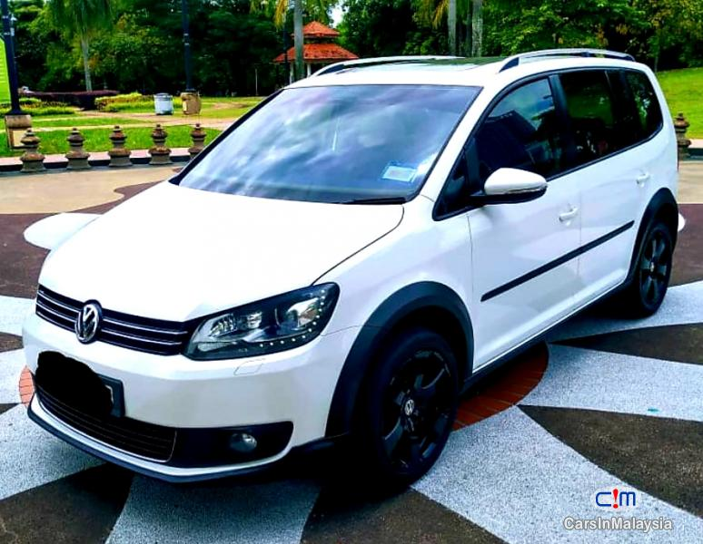 Volkswagen Cross Touran 1.4-LITER TSI FUEL SAVER FAMILY MPV Automatic 2012 in Malaysia