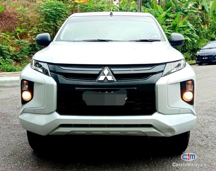 Picture of Mitsubishi Triton 2.4-LITER 4WD DIESEL TURBO DHD MIVEC Automatic 2020