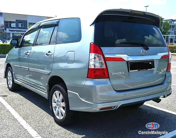 Picture of Toyota Innova Automatic 2015