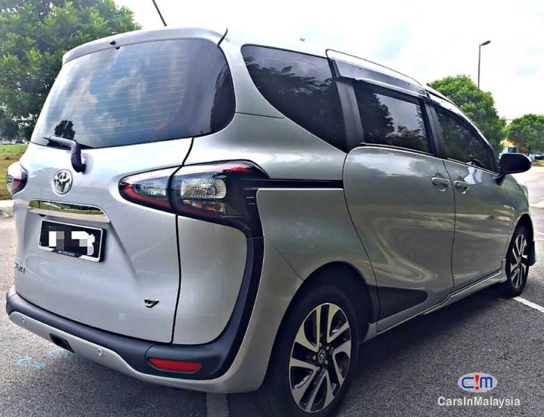 Toyota Sienta 1.5-LITER ECONOMY FAMILY MPV Automatic 2018