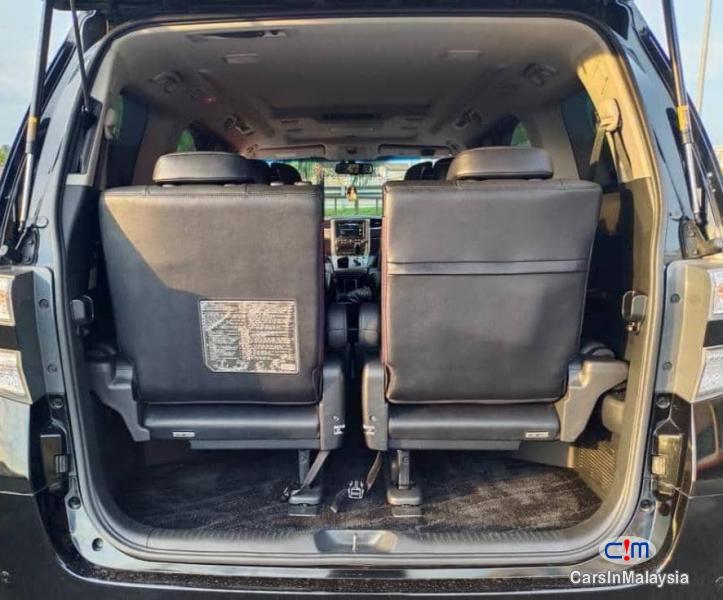 Toyota Vellfire 3.5-LITER PILOT SEATS FAMILY LUXURY MPV FULL SPEC Automatic 2014 - image 14