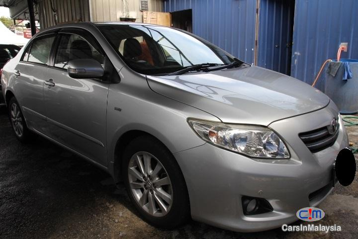 Pictures of Toyota Corolla Altis Manual 2011