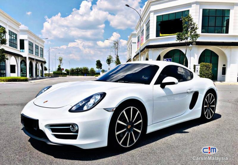 Pictures of Porsche Cayman 2.7-LITER SUPER SPORT CAR Automatic 2018