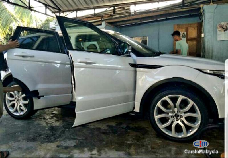 Land Rover Range Rover Evoque 2.0 Petrol Turbo Automatic 2016 in Selangor - image