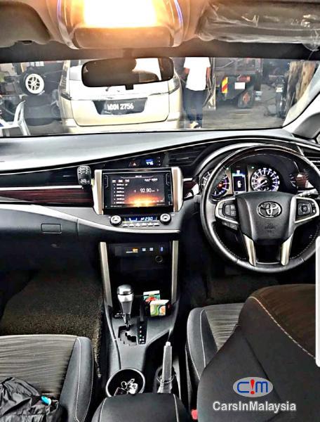 Toyota Innova 2.0G MPV Automatic 2017 - image 9