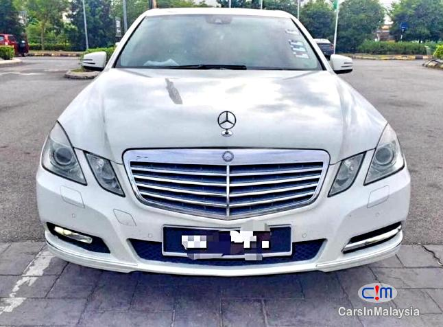 Picture of Mercedes Benz E200 CGI 1.8-LITER LUXURY SEDAN Automatic 2012