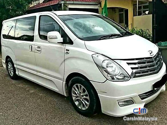 Picture of Hyundai Starex 2.5L Auto Premium Spec MPV Automatic 2012