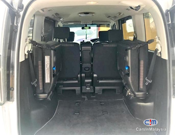 Nissan Serena 2.0-LITER VERY FUEL SAVER FAMILY MPV Automatic 2015 - image 11