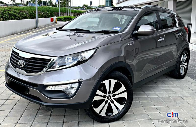 Pictures of Kia Sportage 2.0-LITER SUV Automatic 2013