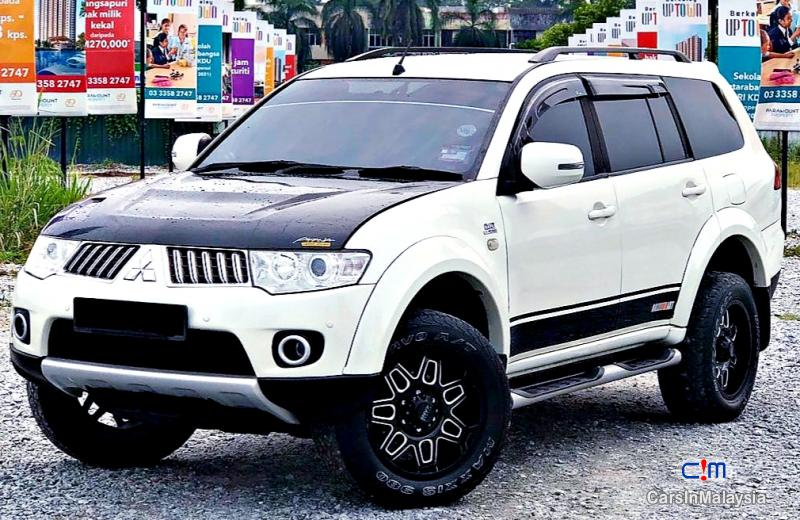 Picture of Mitsubishi Pajero Sport 2.5-LITER FAMILY 4X4 4WD DIESEL SUV Automatic 2013