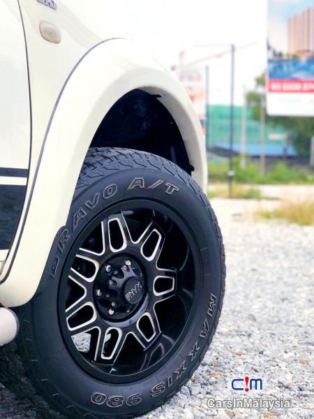 Mitsubishi Pajero Sport 2.5-LITER FAMILY 4X4 4WD DIESEL SUV Automatic 2013 in Selangor - image