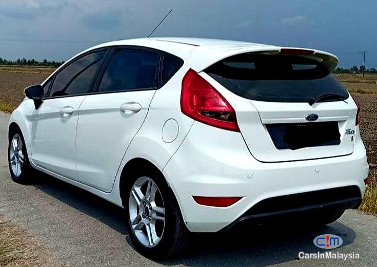 Picture of Ford Fiesta 1.6-LITER ECONOMY HATCHBACK Automatic 2011