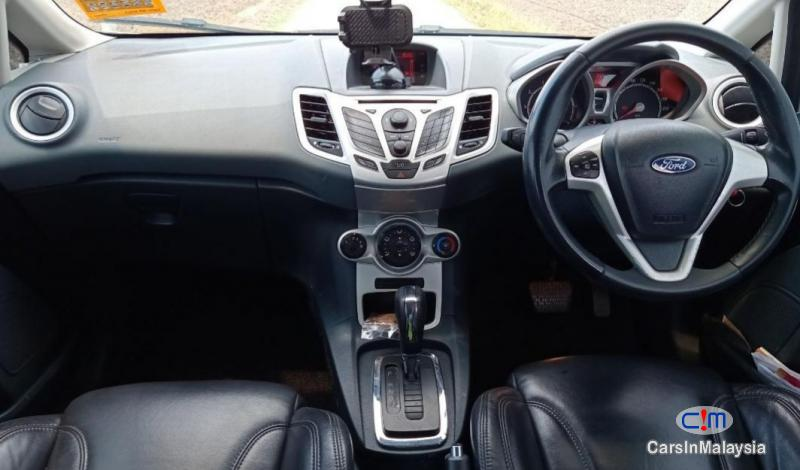 Ford Fiesta 1.6-LITER ECONOMY HATCHBACK Automatic 2011 in Selangor - image