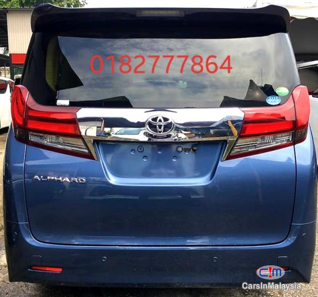 Toyota Alphard 2.5-LITER LUXURY FAMILY SUV Automatic 2016