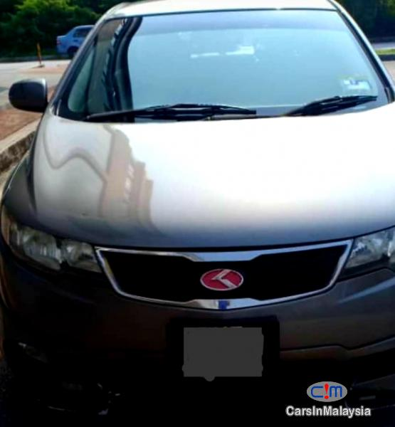 Pictures of Kia Forte 1600 Automatic 2013