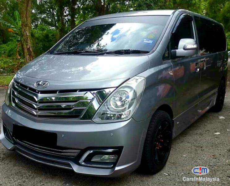 Picture of Hyundai Grand Starex 2.4-LITER 11 SEATER FAMILY MPV Automatic 2014