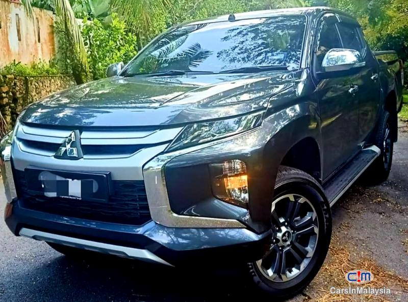 Mitsubishi Triton 2.4-LITER 4X4 DIESEL TURBO 4WD DOUBLE CAB CHASSIS Automatic 2019 in Kuala Lumpur