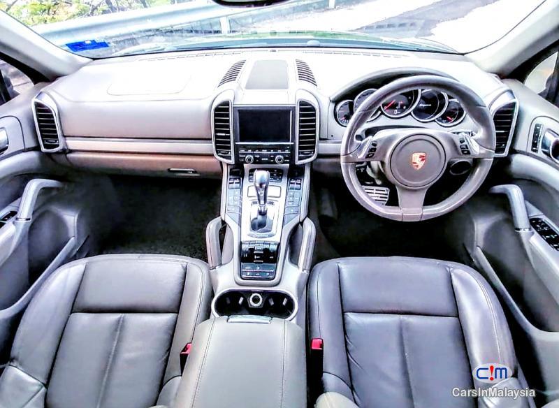 Porsche Cayenne 3.0-LITER LUXURY SUV Automatic 2016 - image 10